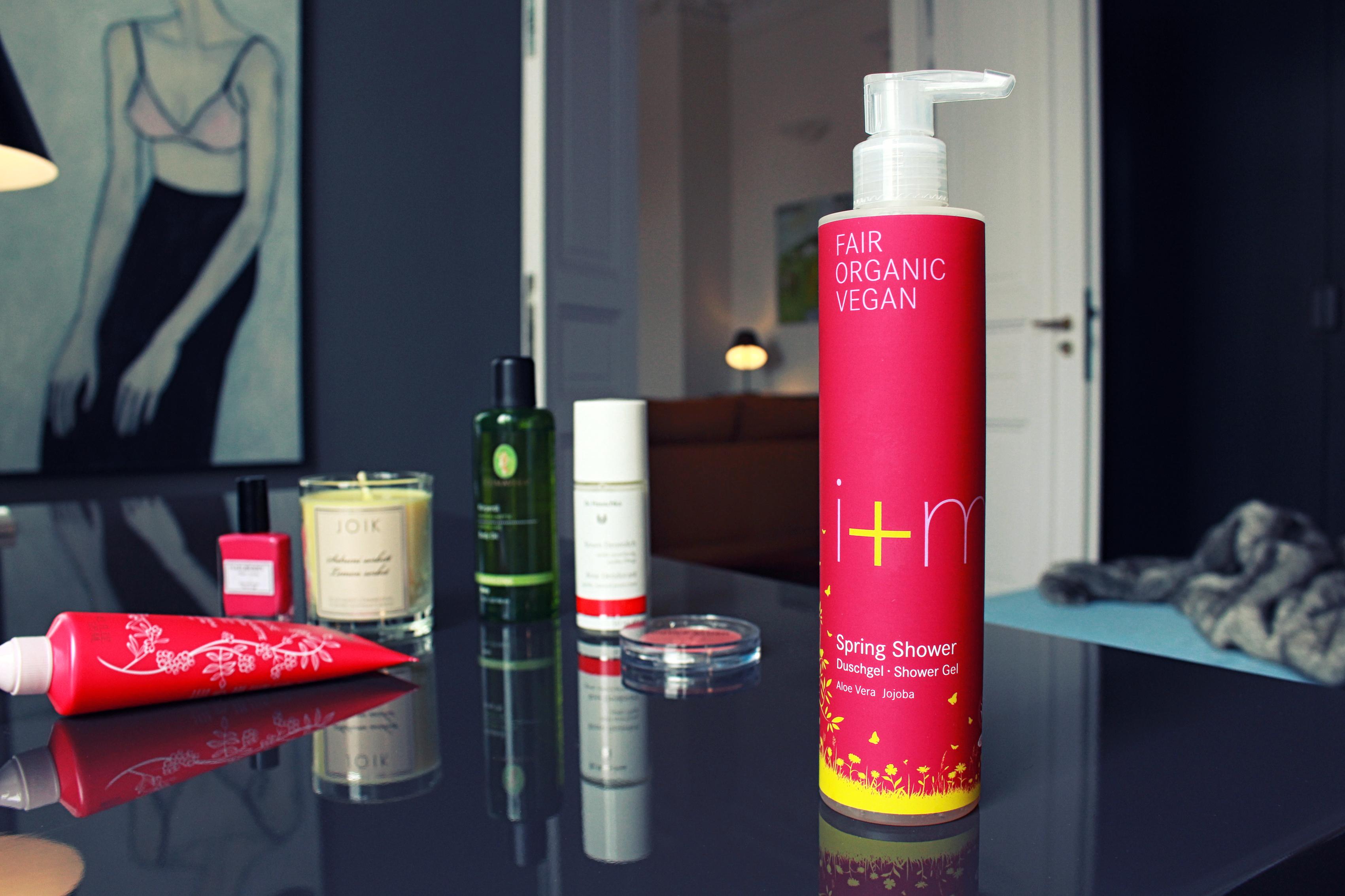 organic_beauty_spring_essentials_i+m_duschgel