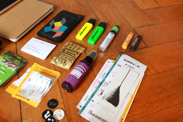 whats_in_my_eco_bag_02