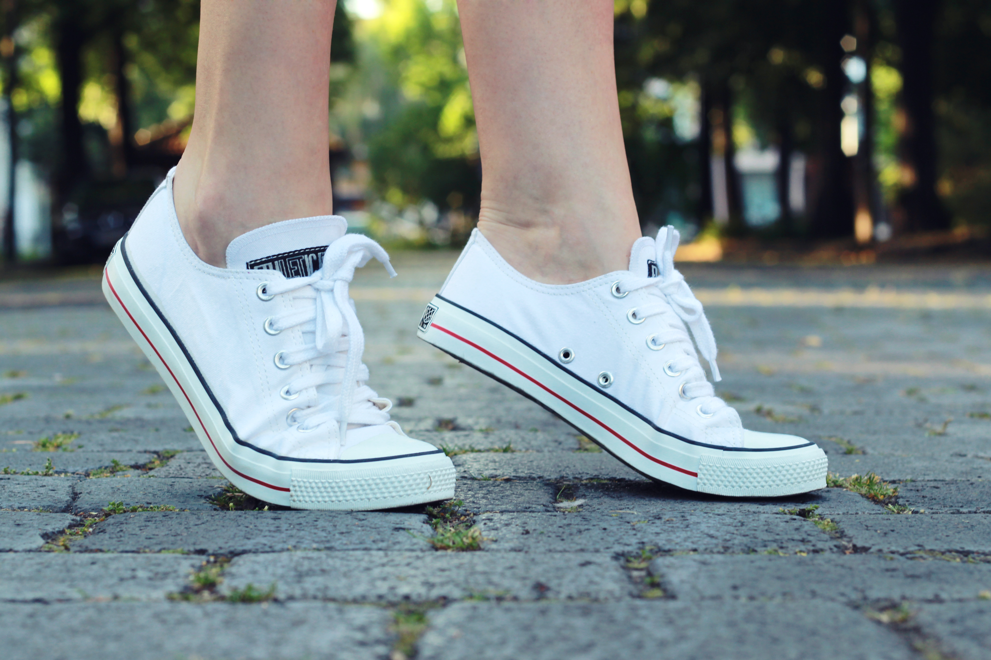 vegane-sneakers-chucks-weiß-ethletic-fair-eco