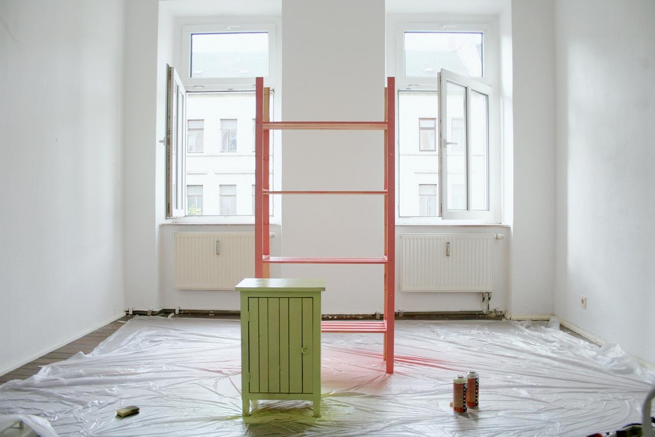 diy spray on f r bunte m bel alabaster blogzine. Black Bedroom Furniture Sets. Home Design Ideas