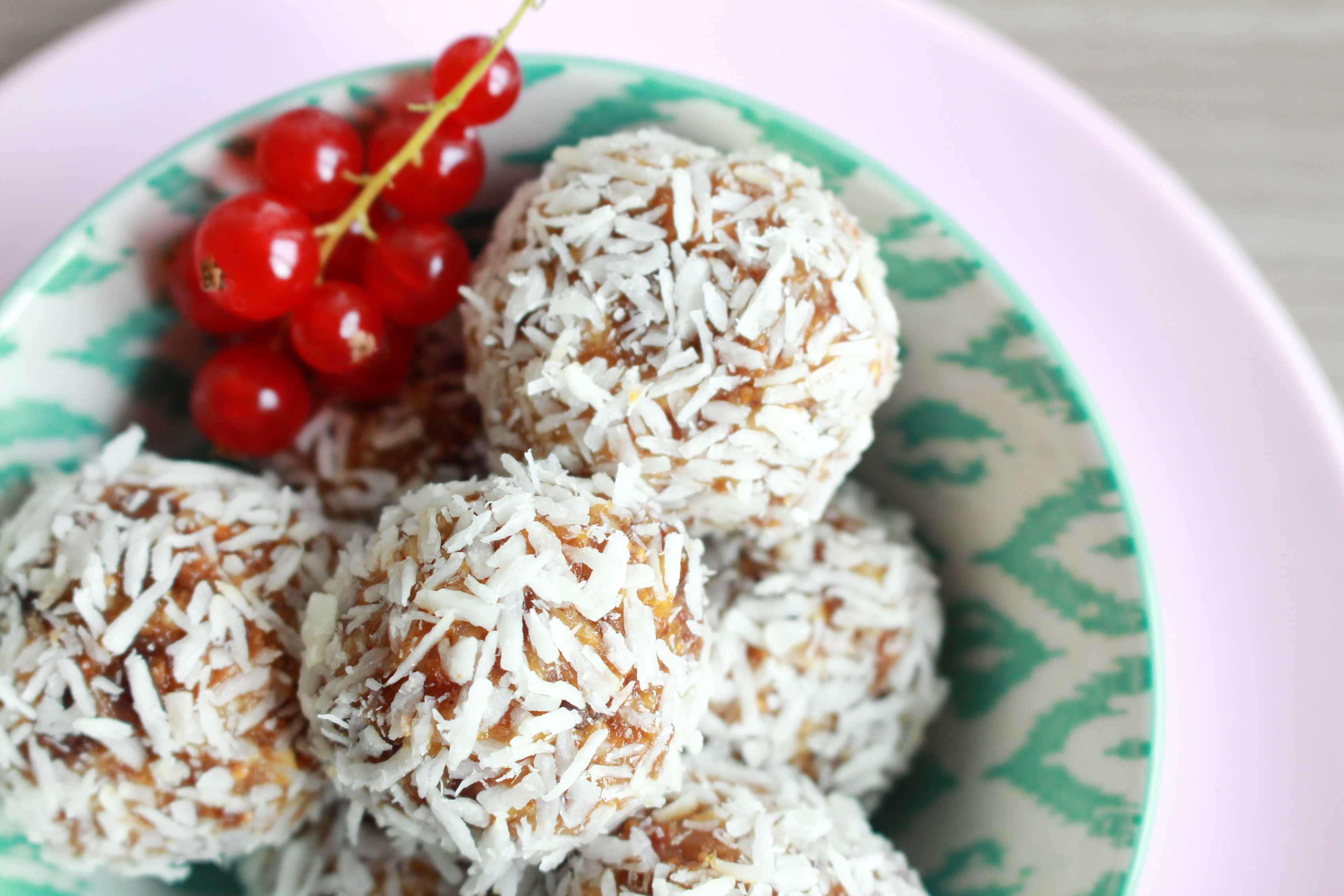 energy-balls-rezept-vegan-raw