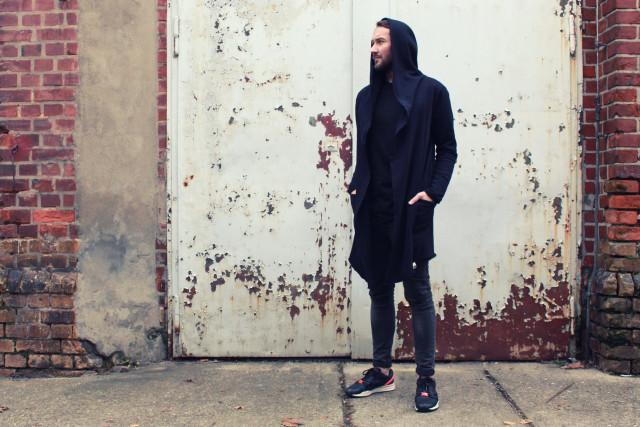 male-fashion-blogger-eco-outfit-puma-lovjoi