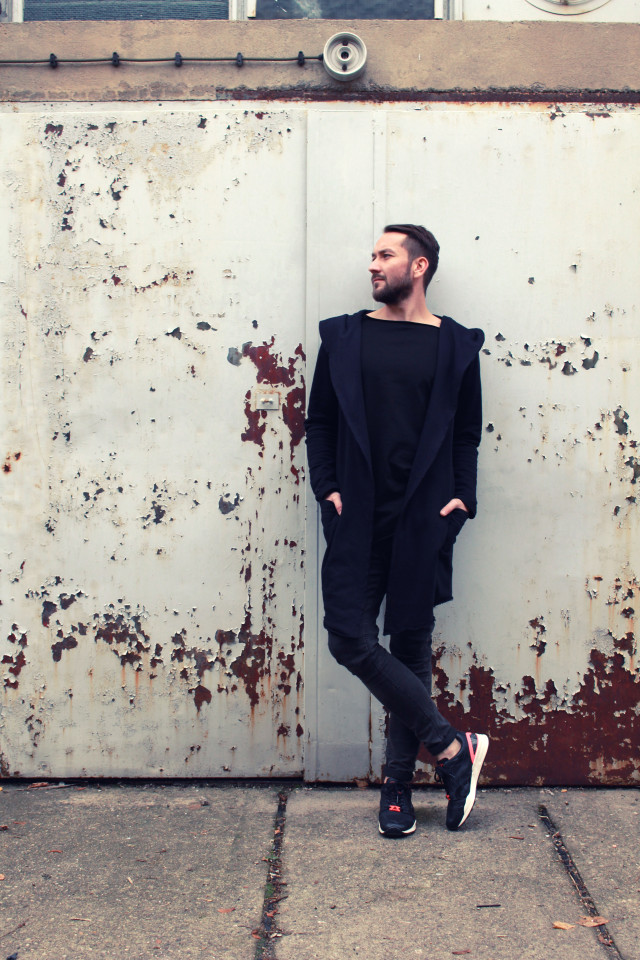 male-fashion-blogger-outfit-puma-sneakers