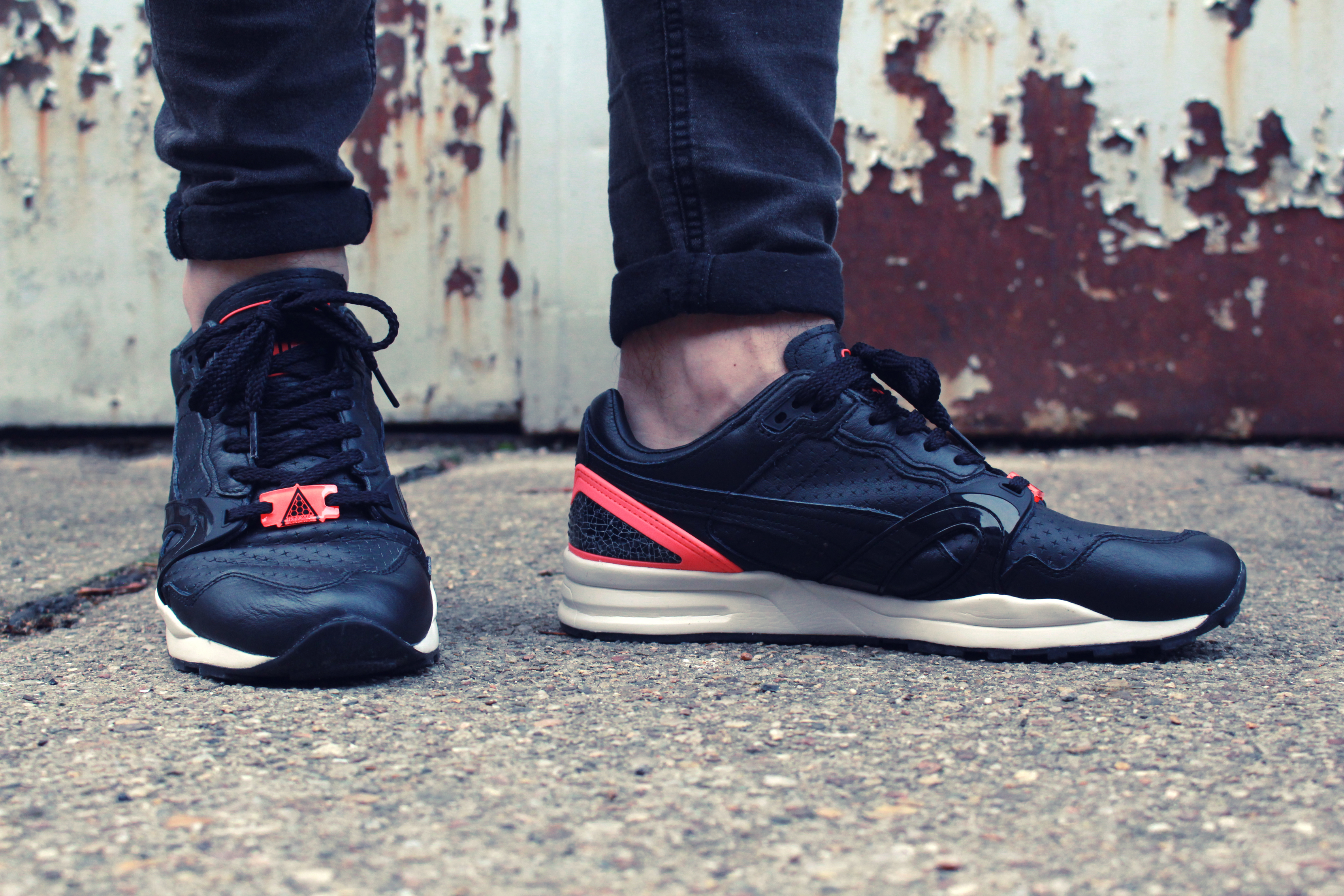 puma-trinomic-xt2-plus-black-crackle-pack-03
