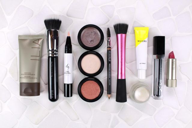 healthy-glow-organic-make-up