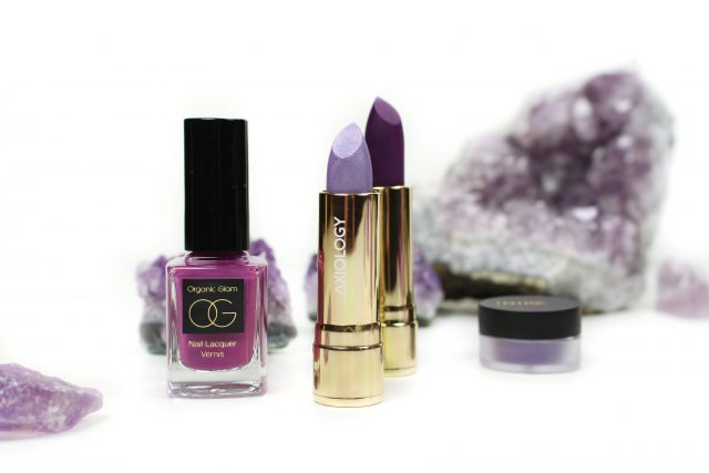 axiology-lipstick-reflection-enlighten