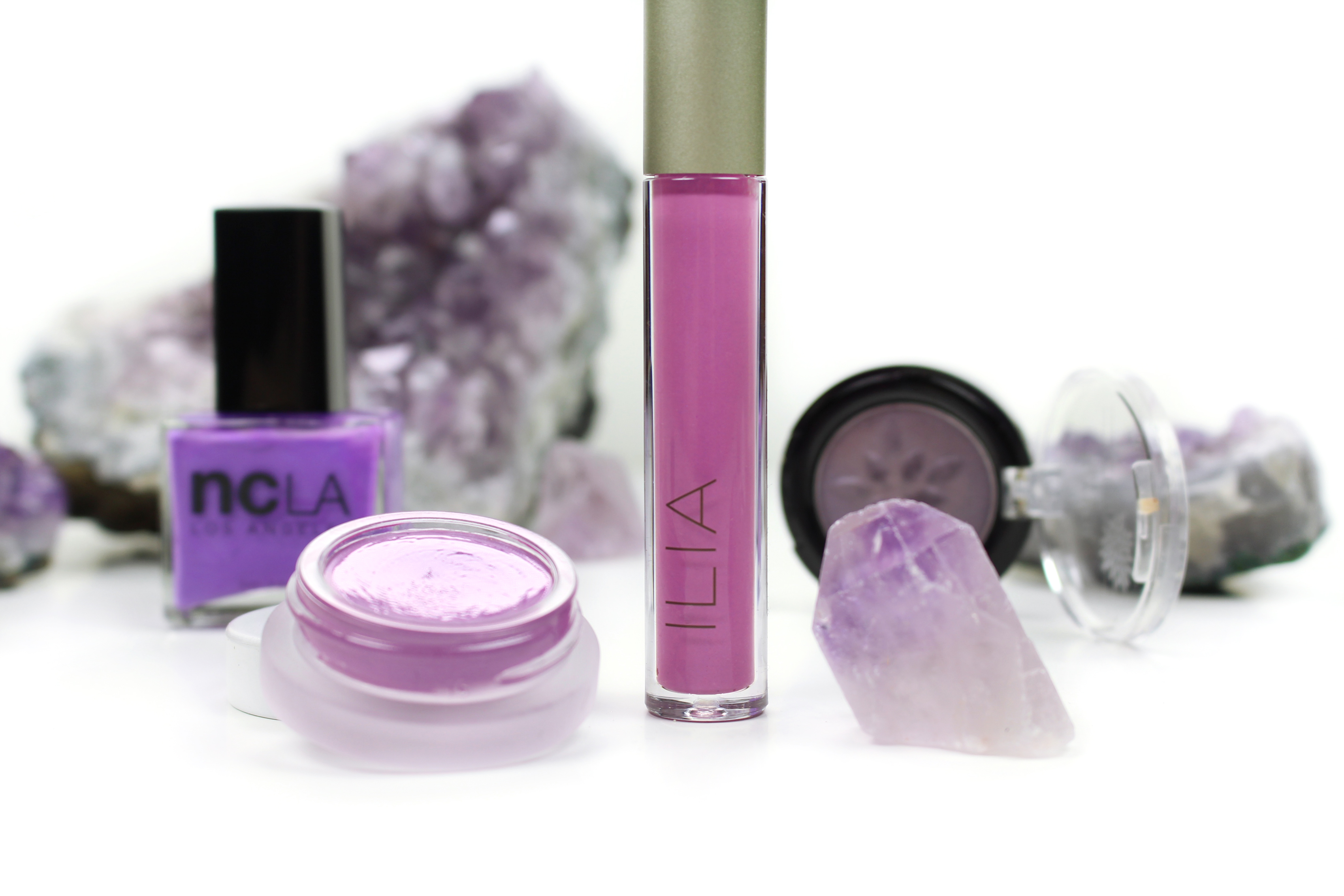 ilia-beauty-lipgloss-back-to-life